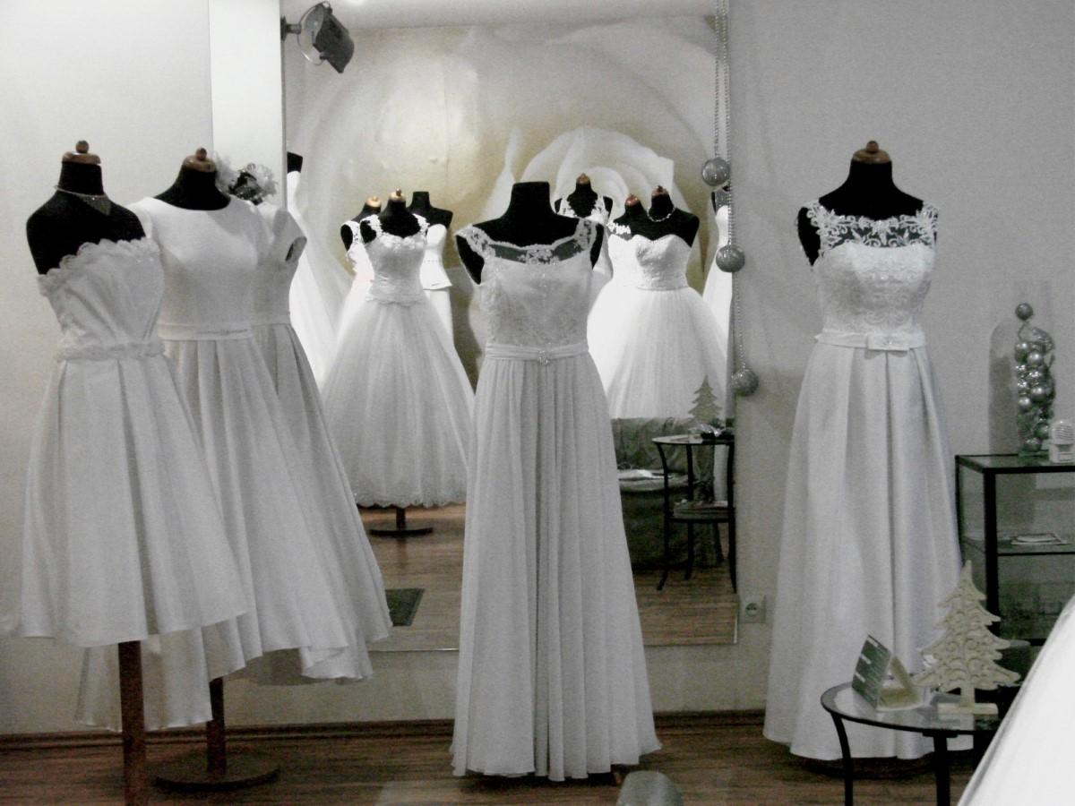 Projektowanie sukien wieczorowych Piotrków Trybunalski
